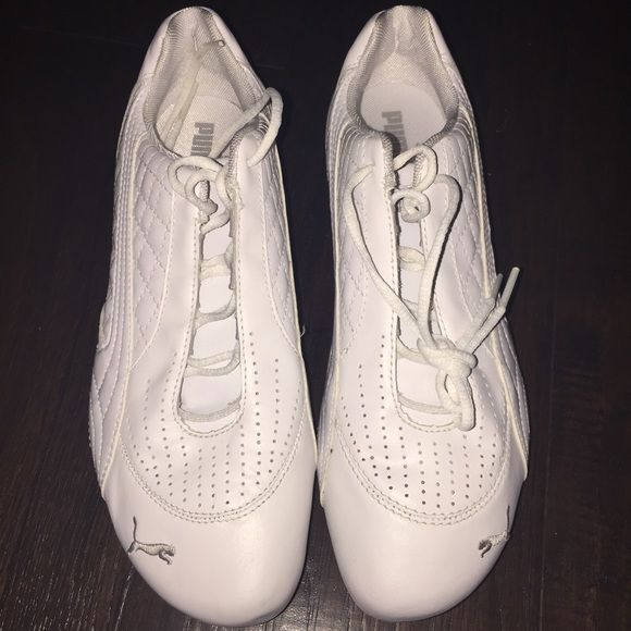 Puma Ladies Shoes - New, Size 8.5 Brand New, never worn ladies Pumas, Size 8.5 Puma Shoes Athletic Shoes