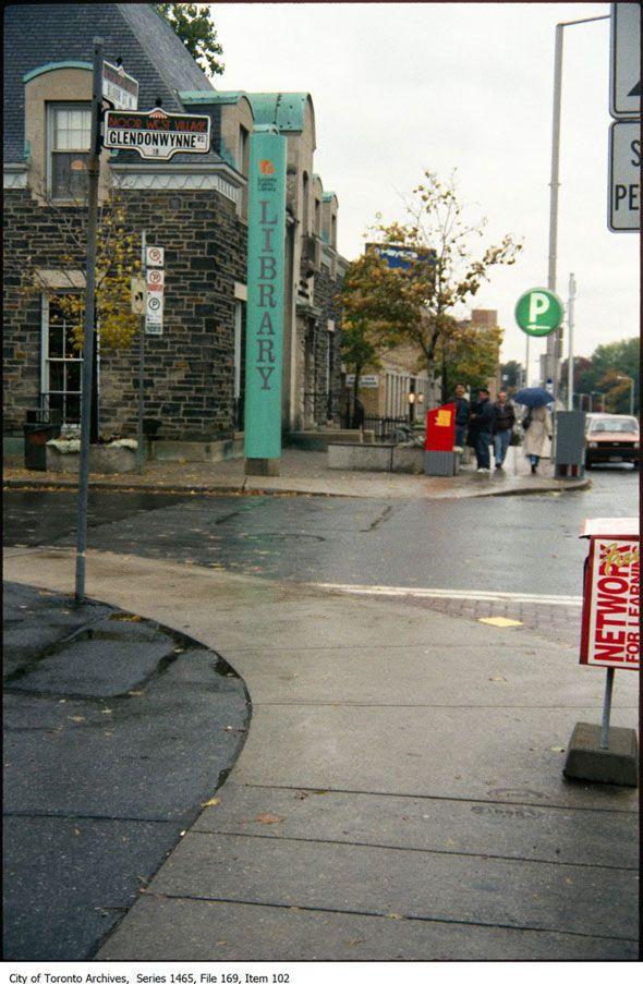Bloor & Glendonwynne - Public LIbrary - Bloor West Village Toronto