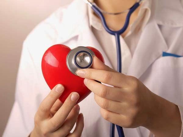 Tanda Jantung Sehat - Usia yang masih muda belum menjamin bahwa kondisi kesehatan jantung Anda optimal. Bisa jadi sesungguhnya ada masalah dalam jantung Anda yang disebabkan gaya hidup atau pola makan tak sehat.