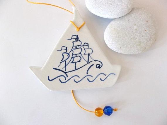 Minimal boat ceramic wall decoration by IoannasVeryCHic on Etsy,