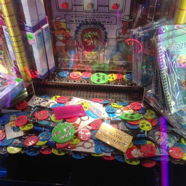Casino chip pusher game