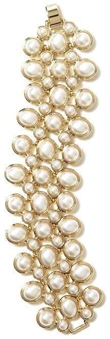 #Pearl line bracelet