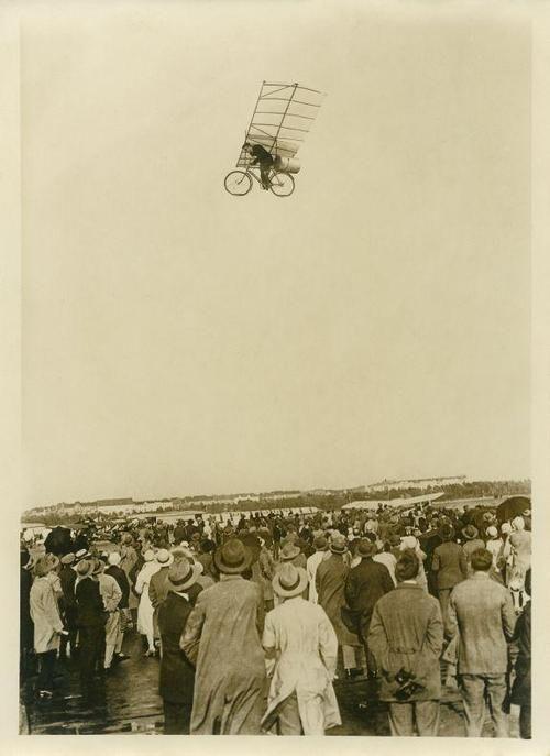 An amazing vintage photograph