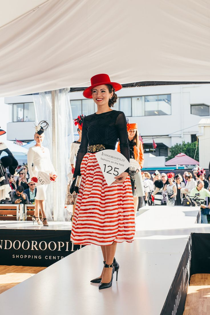 Elegant black, white with a touch of red for AAMI Stradbroke Day, 2015.