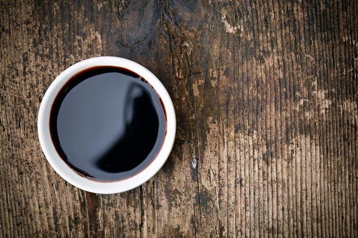 Caramel balsamique pour agrémenter des plats aussi bien sucré que salé (dont recette petite tomate et graine sésame).