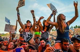 Want to buy tickets!? Follow this link- #FasterHorses