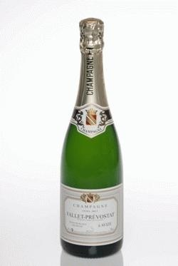 Top class!   Fallet-Prevostat is quite a find. It's being run by an elderly couple and they make only two cuvees, both Blanc-de-Blanc, brut and extra-brut. 25.90EUR!