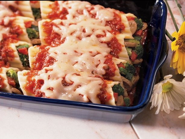Vegetable-Stuffed Manicotti: Italian Dinners, Pasta Dishes, Green Giant, Manicotti Recipes, Stuffed Pasta, Family Italian, Vegetables Stuffed Manicotti, Vegetablestuf Manicotti, Vegetable Stuffed Manicotti