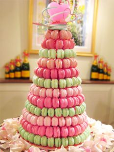 amazing macaron croquembouche - perfect for a wedding reception
