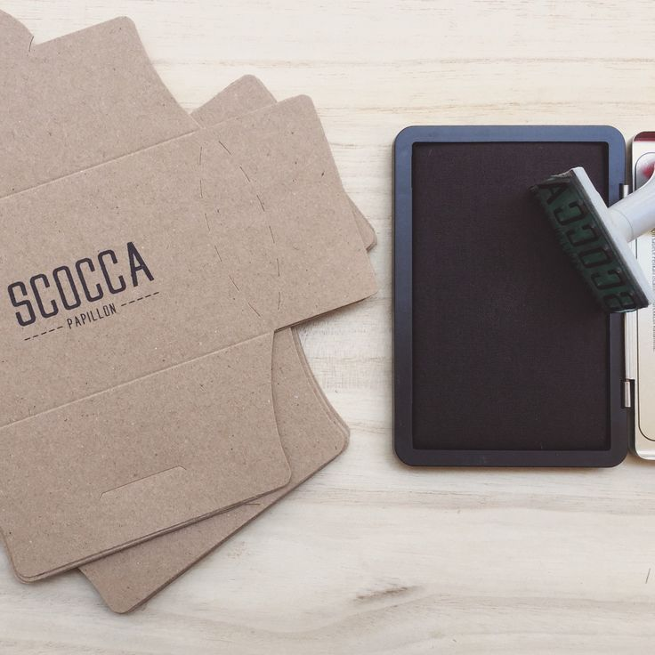 Love stamp by hand every single packaging! boxes for bow ties in recycled kraft paper to 100%. Scocca Papillon Exclusive creations ~ Handmade in Italy