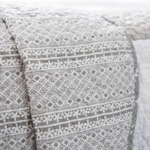 plaid gris maison du monde cool maisons du monde jet en coton vert de gris x cm louise with. Black Bedroom Furniture Sets. Home Design Ideas