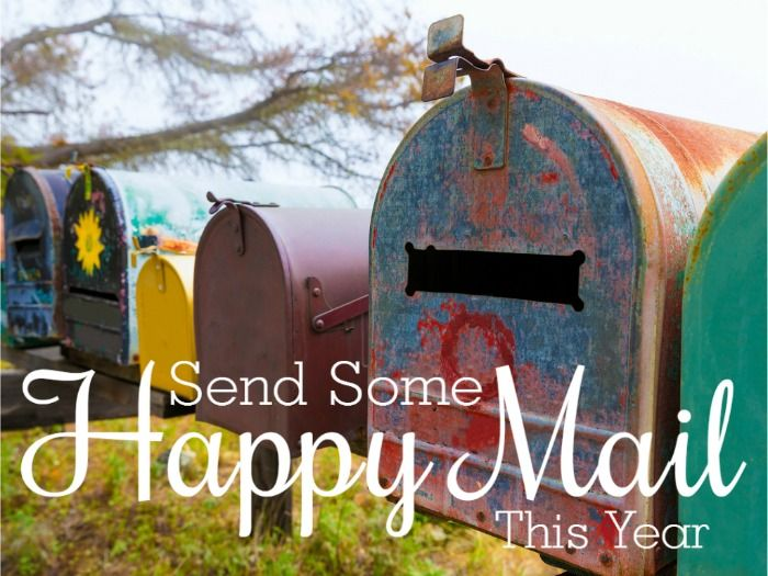 Send Some Happy Mail This Year | the Krafty Owl