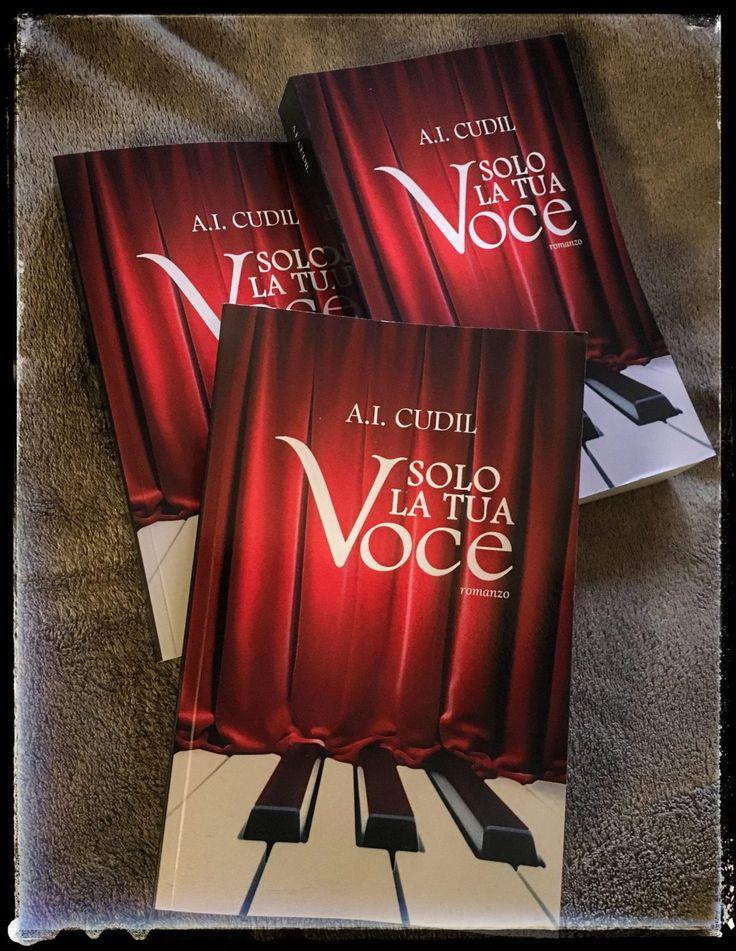 Non è uno scherzo di carnevale! Solo la tua voce è disponibile anche in volume cartaceo, con la nuova bellissima copertina realizzata da Anna Nicoletto. 400 pagine per conoscere Diego e la sua stor…