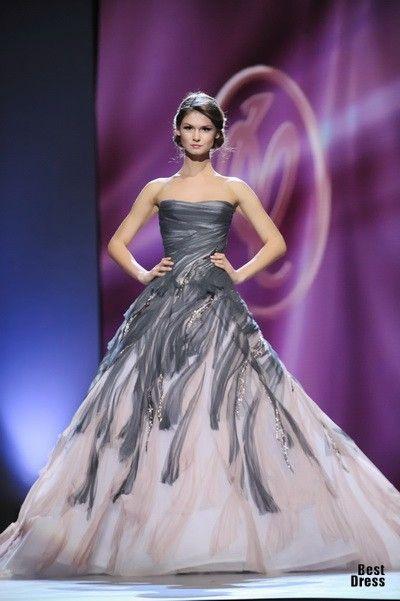 Valentin Yudashkin 2012 wedding dress maybe? #unconventional