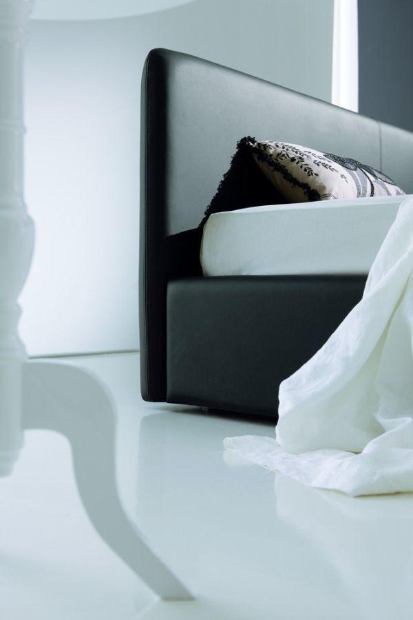 Dyskretne spojrzenie #bedroom #italian #furniture #alberta #modern #home #design