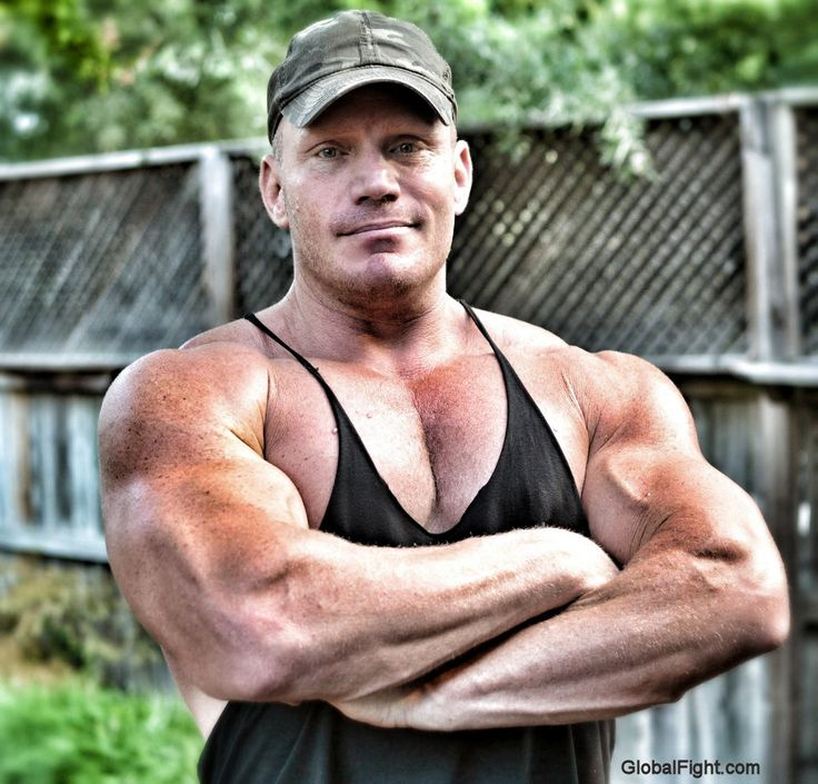 Gay Bodybuilders Wrestling 115