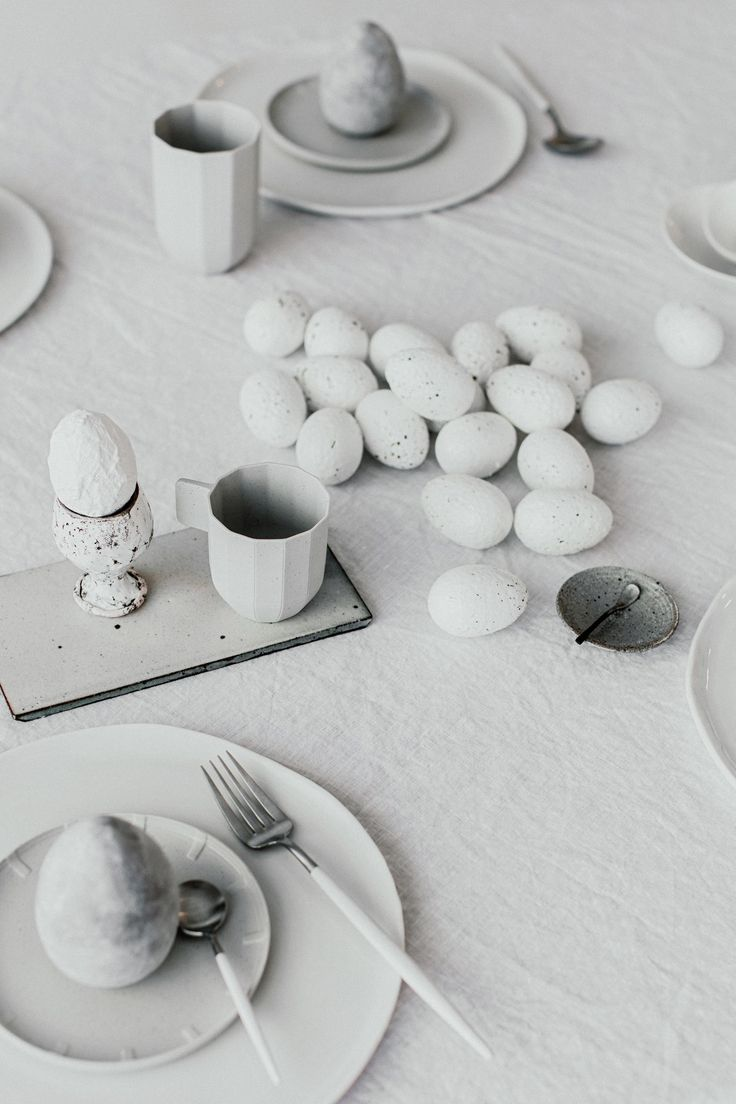 #PaperPorcelain Coffee Cups Service by #Scholten & #Baijings for #Hay - #summertableware #artdelatable #design