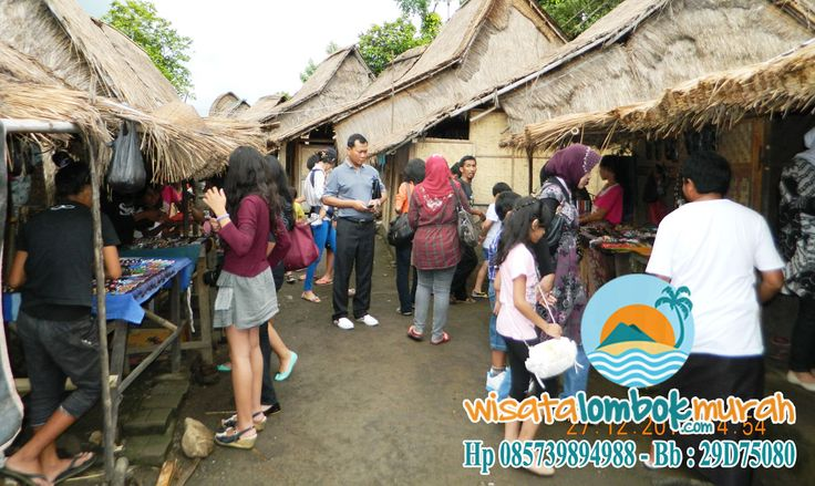 Yuk Lihat Keunikan Rumah Adat Khas Sasak di Desa Sade Lombok http://wisatalombokmurah.com/keunikan-rumah-adat-khas-sasak-di-desa-sade-lombok/    #desasade #desasadelombok #sadelombok #lombok #wisatalombok #wisatadilombok