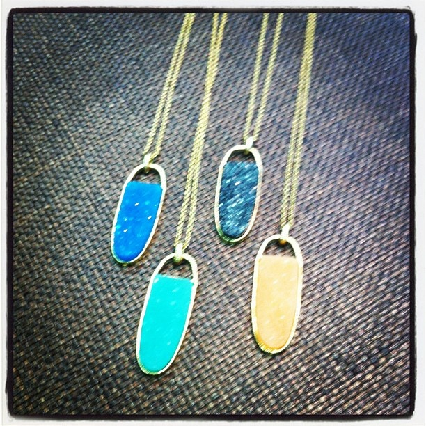 New long colorful necklaces   #HeadOverHeelsBR