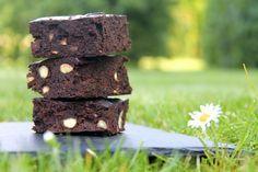Intens, glutenfri brownie - med sorte bønner!