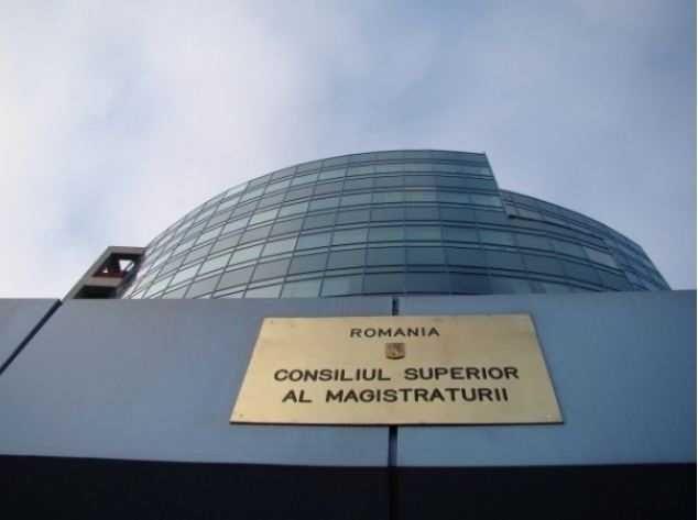 Plenul Consiliului Superior al Magistraturii a respins miercuri, în unanimitate solicitarea Ministerului Justitiei de avizare a OUG privind modificarea Codurilor penale