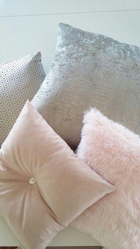 Verschillende kussens voor op de bank Mix van Home Design