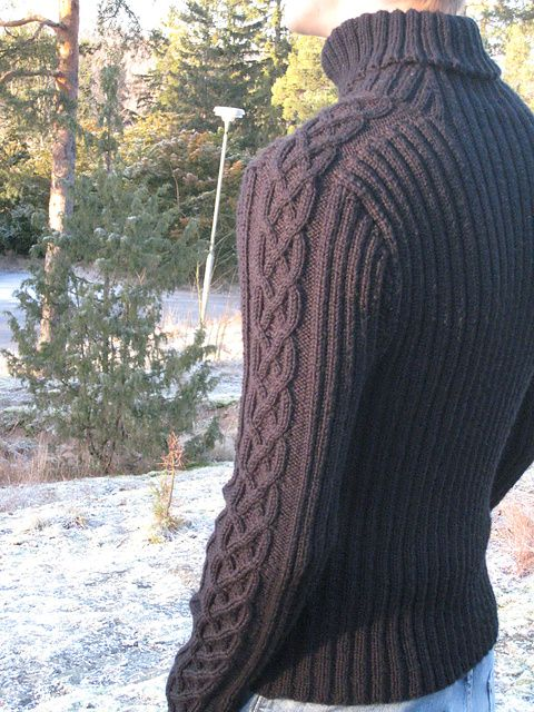 Skepp-o-hoj is a beautiful, timeless pattern (size S-M) by Adelheid