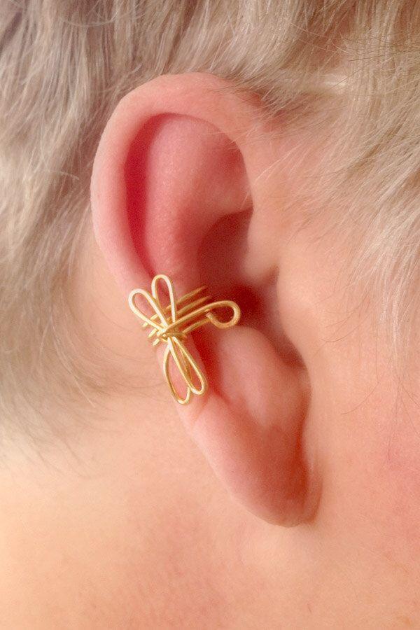 Dragonfly Ear Cuff Non Pierced by TheLazyLeopard on Etsy https://www.etsy.com/listing/96809549/dragonfly-ear-cuff-non-pierced