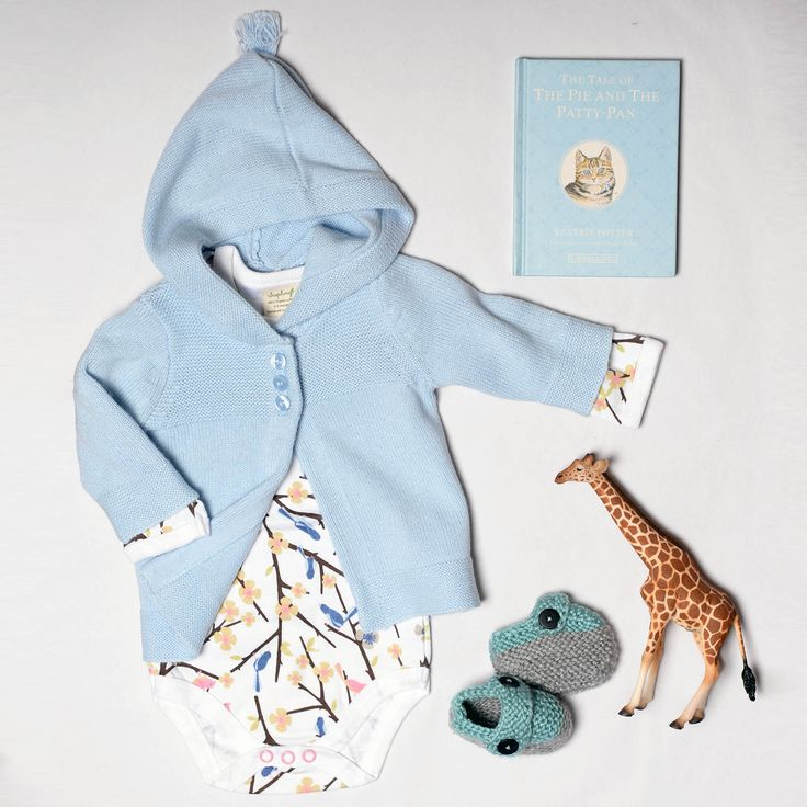 Cute baby girl newborn outfit by Sapling Child and Purebaby.