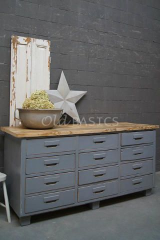 189 best images about oldbasics kasten on pinterest restaurant grey and shabby chic - Een dressoir keuken ...