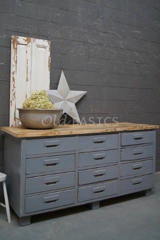 25 beste idee n over grijze kasten op pinterest kabinet kleuren grijze keukenverf en grijs - Eigentijdse keuken grijs ...