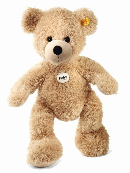 The Steiff Small Beige Fynn Teddy Bear is a must for any collection. Made with the brass plated button in ear.