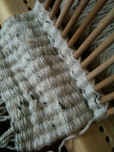Tutorial: How to use a Peg Loom