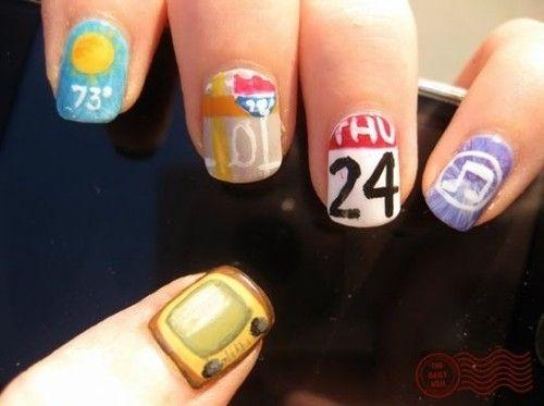 Apple-addict nails