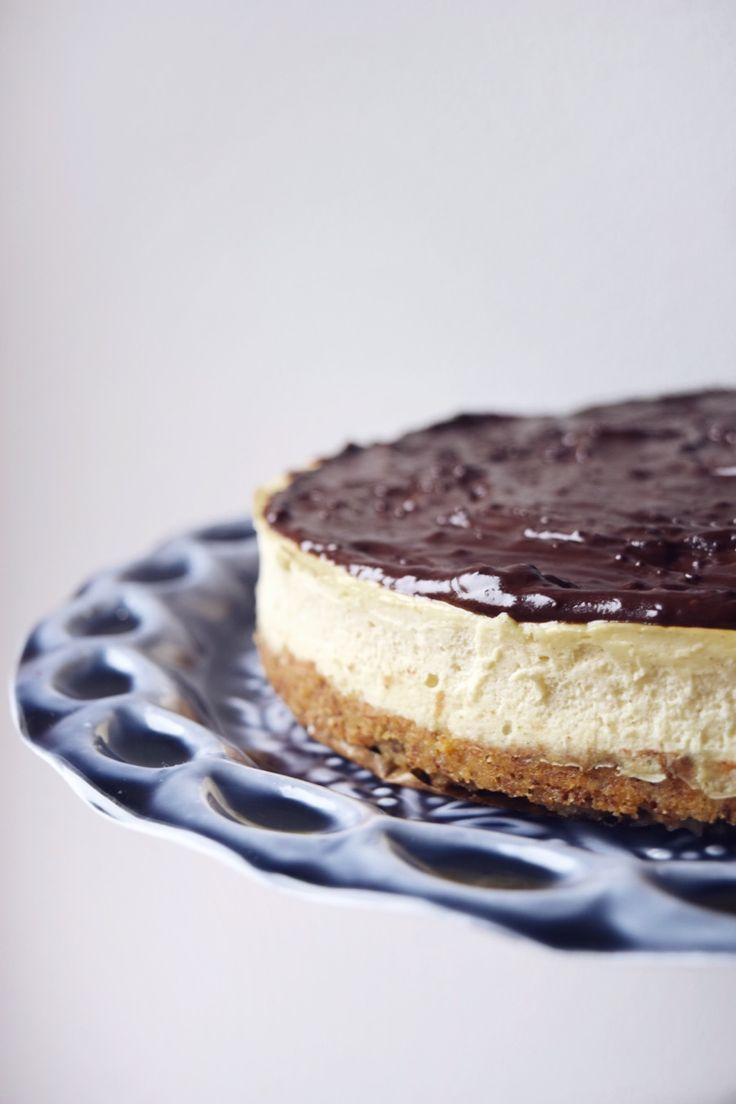 """Skvělý cukrfree koláč, který je v našich končinách spíše známý jako """"Číský dort"""" nebo dokonce """"Chéze Kake"""", se kterým byste v Prostřenu určitě zabodovali!"""