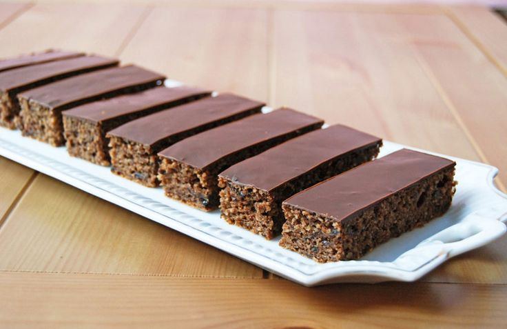 Moha Konyha: Szilvalekváros sütemény glutén - és cukormentesen