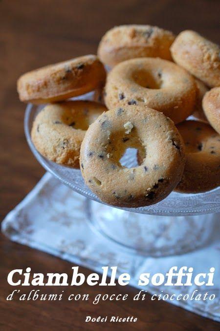 Ciambelle soffici d'albumi con gocce di cioccolato #donuts #donut