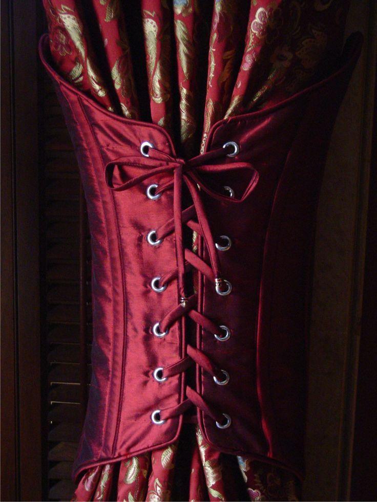 wine_corset_web.jpg 1,231×1,641 pixels:
