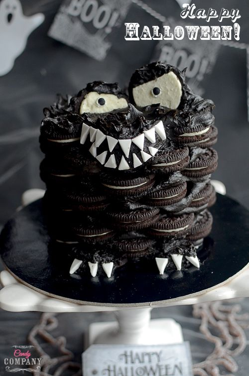 Super easy Halloween Monster Cake, made from Oreo cookies with peanut butter and chocolate. Perfect Halloween treat
