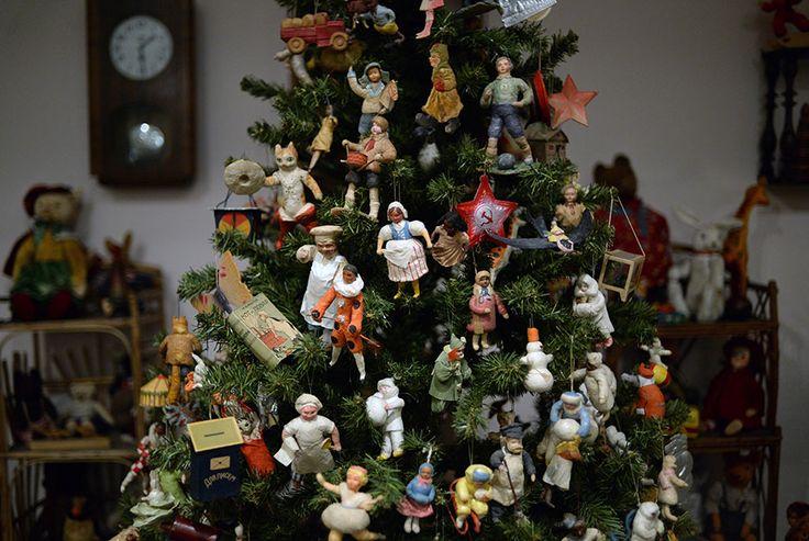 Увлекательная и богатая история новогодних игрушек • НОВОСТИ В ФОТОГРАФИЯХ