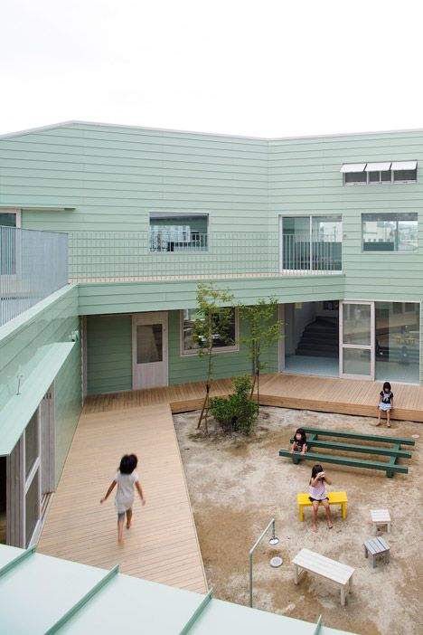 "Hakemiya Nursery School by Rhythmdesign and Case-Real | All ""home rooms"" face onto a shared central courtyard"
