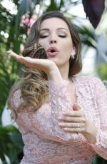 Kelly Brook attends the RHS Hampton Court Flower Show http://celebs-life.com/kelly-brook-attends-the-rhs-hampton-court-flower-show-in-london/  #kellybrook