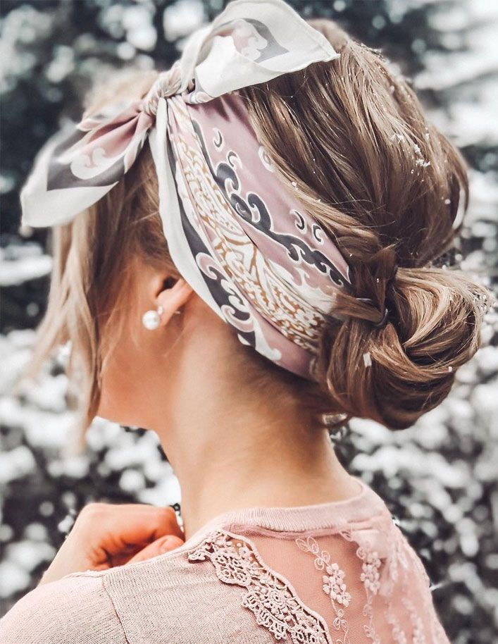 21 Fairly Methods To Put on A Scarf In Your Hair