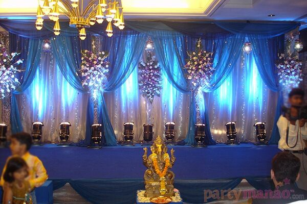 Indoor wedding d cor 3 package includes stage and for Indoor stage decoration