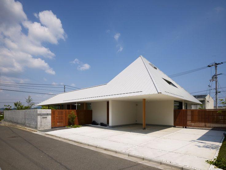 House in Sanbonmatsu / Hironaka Ogawa & Associates