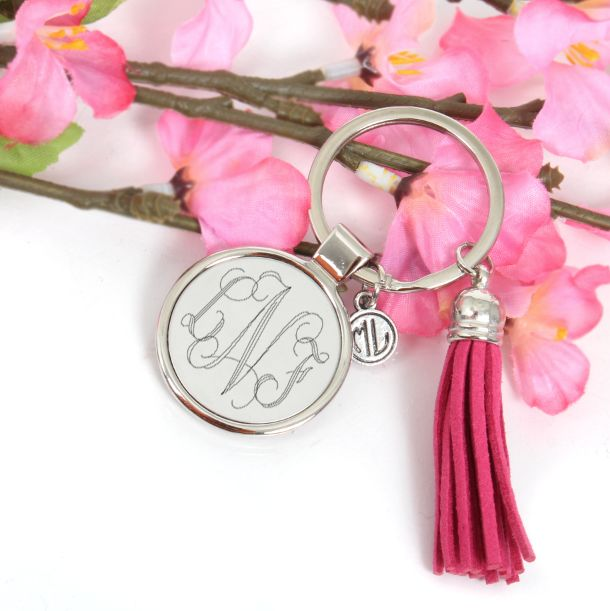 Never lose your keys again! Monogrammed Round Key Chain $14.99 from marleylilly.com! #keychain #monogram