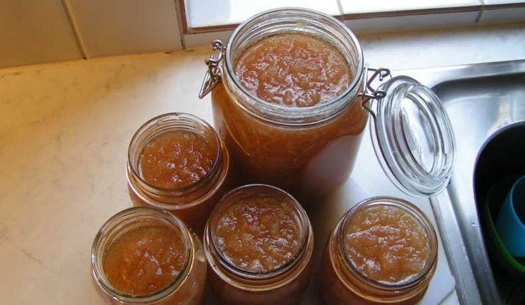 Världens godaste äppelmarmelad enligt mig ;) Hittade inget bra recept så jag…