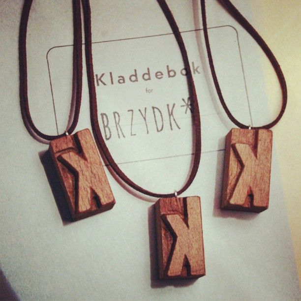 lettepress pendants / info@brzydko.com #pendant, #necklace, #lettepress, #woodtype