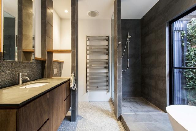 baker residence - bathroom