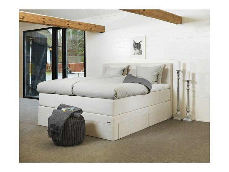 Królewskie łóżko kontynentalne Select+ jest dostępne w kilu wersjach: 140x200, 160x200 oraz 180x200.